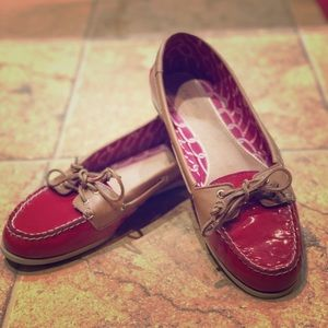 Size 8.5 red Sperry's